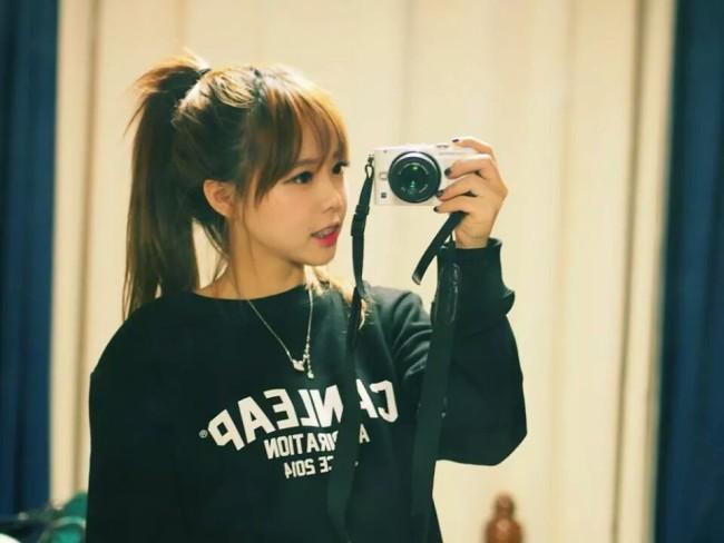 cameragirl2