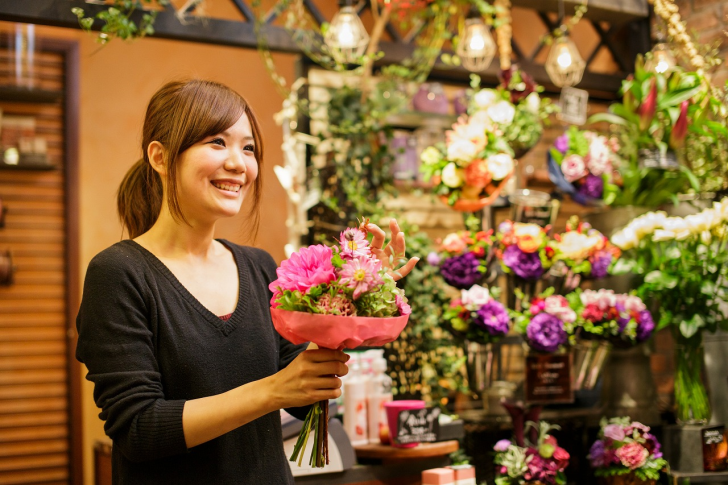flower-shop-woman4